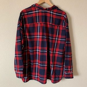177bfec7deb21 Old Navy Tops - Old Navy Plaid Flannel The Classic Shirt